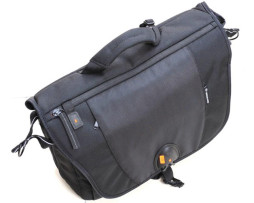 Camera-Bag-Vanguard-UP-RISE-38